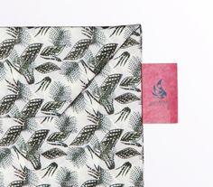 Wallet Set Tyvek Print Pattern Handmade CrispyWallet Leaves
