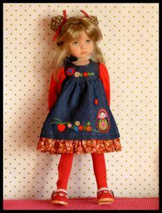 Anaïs en robe Boneka