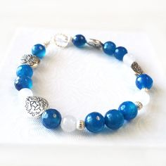 Blue Agate Bracelet - Blue Bracelet with Rainbow Moonstone and Blue Agate in Sterling Silver - Natural Gemstones Handmade Jewelry