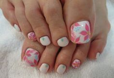 botanical pattern foot nail of soft colors. The monochromatic painted off-white, ring finger and thumb drew botanical pattern Art. Nail other embellished turquoise stone, studs the base. Pedicure Nail Art, Toe Nail Art, Fancy Nails, Pink Nails, My Nails, Pretty Pedicures, Pretty Nails, Feet Nails, Toe Nail Designs