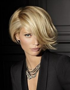 Cute and Sexy Short Bob Hairstyle For the Women