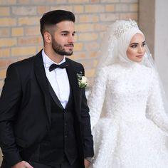 Görüntünün olası içeriği: 2 kişi, düğün