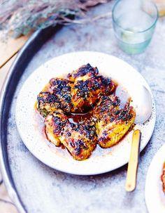 La marinade est LE bon réflexe de l'été. Rapide à préparer, parfumée, elle attendrit et sublime n'importe quel filet de poulet.
