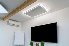 easyLight - Lichtrahmen für Ihre Infrarotheizungen Wärme und Licht in einem! Was will man mehr? Jetzt gibt es die erste Infrarotheizung mit effizienter LED-Technologie! Der easyLight Lichtrahmen umgibt das Infrarotpaneel perfekt und sorgt für stimmungsvolle Beleuchtung mit einem äußerst angenehmes Licht. Bathroom Lighting, Flat Screen, Led, Mirror, Design, Furniture, Home Decor, Technology, Detached House