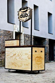Studio AA / design d'espace, design graphique, createur d'événements | DÜB