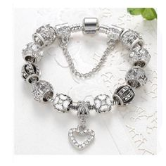Beautiful and Eye Catching Pandora Style Heart Charm Bracelet
