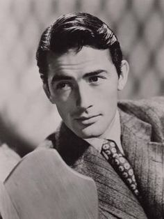 Gregory PECK… This man was perfection. Old Hollywood Actors, Hollywood Icons, Golden Age Of Hollywood, Vintage Hollywood, Hollywood Stars, Classic Hollywood, Old Movie Stars, Classic Movie Stars, Classic Movies