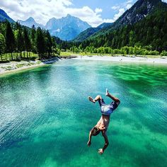 Slovenia travel tips - visit Lake Jasna in Kranjska Gora and enjoy the crystal clear water that will surely refresh you during the summer. Swimming SUPing everything your hearts desires. Unknown travel destinations in Europe. Travel Usa, Travel Tips, Travel Hacks, Travel Packing, Solo Travel, Budget Travel, Travel Ideas, Travel Inspiration, Slovenia Travel