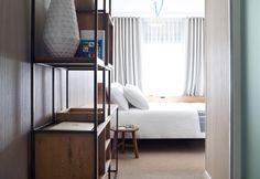 Good Hotel è l'albergo temporary no-profit voluto da Marten Dresen