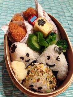 Japanese fried chicken with rice balls bento