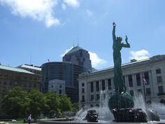 Downtown Downtown Cleveland, Statue Of Liberty, Louvre, Building, Travel, Statue Of Liberty Facts, Viajes, Liberty Statue, Buildings