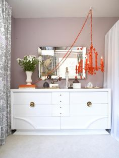 February Color of the Month: Tangerine! How to Decorate With This Hot Hue --> http://blog.hgtv.com/design/2015/02/23/new-ways-to-decorate-with-orange/?soc=pinterest