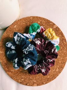 Hogwarts Scrunchie Set / Harry Potter scrunchies / Harry   Etsy Harry Ptter, Bee Photo, Pottery Gifts, Wax Stamp, Brown Paper, Up Hairstyles, Scrunchies, Etsy