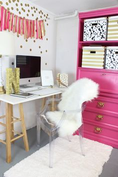 Pink and Gold Office Nook - www.classyclutter.net