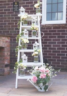 A vintage lace theme with blush pink accents formed the basis of this beautiful wedding in South Yorkshire, which featured unforgettable entertainment including a mind reader Ladder Wedding, Rustic Wedding, Deco Champetre, Diy Wedding Decorations, Wedding Ideas, Vintage Decoration Wedding, Wedding Week, Vintage Wedding Theme, Post Wedding