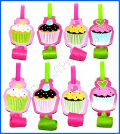 Sweet Treats: 8 Party Blowouts - Great Cupcake Themed Birthday Party Supplies!