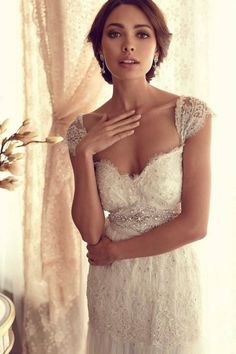 Anna Campbell Bridal 2013 Fall Collection http://www.annacampbell.com.au/gossamer-collection/4579507292