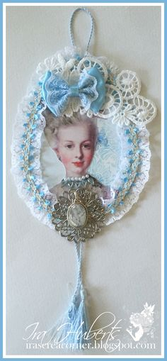 Marie Antoinette wall hanging with lace, in blue