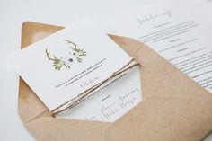 Hääkutsut, hääjinfo, kartta, häät / Custom made wedding invitations by www.makeadesign.fi / wedding info, details, wedding invitation floral rustic