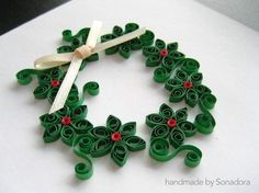 paper quilling christmas wreath