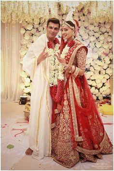 Bollywood, Tollywood & Más: Bipasha Basu and Karan Singh Grover Wedding Indian Bridal Wear, Indian Wedding Outfits, Bridal Outfits, Indian Outfits, Bridal Dresses, Indian Attire, Wedding Attire, Wedding Dress, Bengali Wedding
