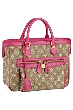 Louis Vitton @ http://tooklookbook.com/brands/louis-vuitton/resort-accessories-2011-accessories/look-5
