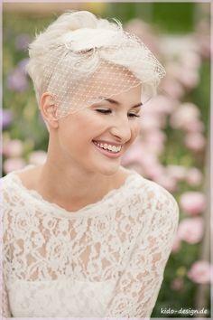 Brautschleier - Haarschmuck Hochzeit, Brautschmuck Bella _11_ - ein Designerstück von Kido-Design bei DaWanda