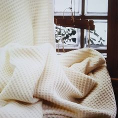 Dont forget to stay warm during the cold nights of winter  . . . #blanket #cozy #cozyhome #soft #cotton #lazy #bed #thankgoditsfriday #tgif #stayinbed #warm #feelsgood #sleepallday #sleepy #comfy #comfortable #dommelin #happyhome #home #bedroom #interior #bedroomdesign #blankets - Architecture and Home Decor - Bedroom - Bathroom - Kitchen And Living Room Interior Design Decorating Ideas - #architecture #design #interiordesign #diy #homedesign #architect #architectural #homedecor #realestate