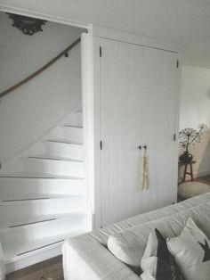 Mooie landelijke trapkast.