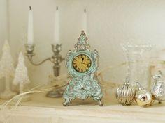 ♕ French clock ~ Atelier Vanilla