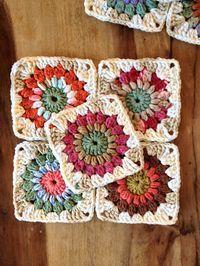 Sunburst Granny Squares ~ Free Pattern