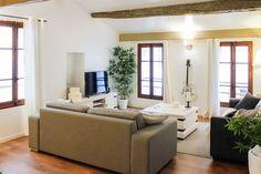 Regardez ce logement incroyable sur Airbnb : Cosy T3 climatisé (80m2) à 200m mer - Appartements à louer à La Ciotat
