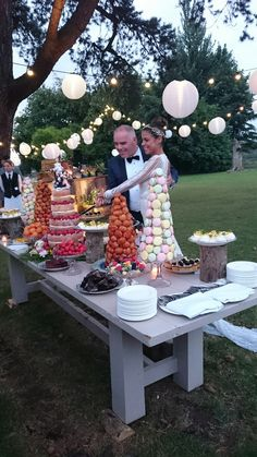 years' Experience as Wedding Planner * UK s top 1 Luxury Event and Wedding Planners Based in London * Wedding Planner in London, Essex and Surrey Wedding Planner Uk, London Wedding, Surrey, Real Weddings, Table Decorations, Luxury, Cake, Kuchen, Torte