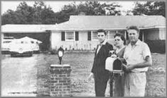 May 11, 1956     Vernon, Gladys and Elvis move into the first home they have ever owned. It costs $40,000 and Elvis pays cash for it. Gladys is overwhelmed, they live there for almost a year, adding a swimming pool and cutomizing the interior. Fans were frequently seen gathering on the front lawn.