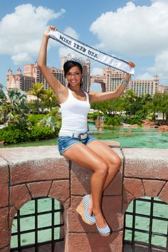 """Love this casual outfit worn by new Miss Teen USA Logan West in her """"day after"""" photoshoot at Atlantis... particularly her shoes! http://www.pageantupdate.info/missteenusa2012/pageant/index.htm"""