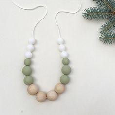 ELLIE Necklace // Teething // Teething Necklace // Nursing