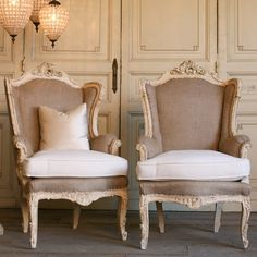 One of a Kind Vintage Bergeres Louis XV Italianate Cream Set of 2