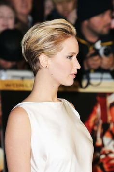 Come See Jennifer Lawrence's New Haircut Styled Two Ways ('Cause Versatility Is Her Friend)
