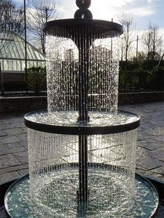 If you love the sound of water and want to get an inexpensive water feature for your home or garden, try one of these Water Fountain design and ideas. Water Fountain Design, Bird Bath Fountain, Indoor Fountain, Fountain Ideas, Fountain Lights, Fountain Garden, Tower Garden, Concrete Fountains, Garden Water Fountains