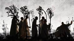 Au cours des trente dernières années, l'artiste sud-africain William Kentridge (né en 1955), a acquis une reconnaissance mondiale grâce à ses grandes installations poétiques et critiques, qu'il développe au travers de plusieurs médias : film, animation, dessin, musique et théâtre. Les dessins au fusain et collages qu'il photographie en séquence et transforme en images animées sont caractéristiques de son œuvre. L'expérience sud- africaine de William Kentridge, pendant et après l'apartheid…