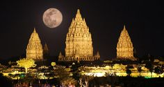 Candi Prambanan At Night Conference Program, Belitung, Hindu Temple, Semarang, Yogyakarta, World Heritage Sites, Amazing Photography, Beautiful Places, Amazing Places