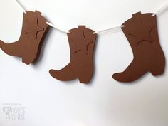 Bunting garland by MyPaperPlanet Cowboy Cowgirl boots banner. Bunting garland by MyPaperPlanet The post Cowboy Cowgirl boots banner. Bunting garland by MyPaperPlanet appeared first on Deco. Wild West Party, Wild West Theme, Cowboy Theme Party, Cowboy Birthday Party, Birthday Party Celebration, Pirate Party, Birthday Table, Western Party Decorations, Western Parties