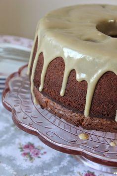 DAMLA ÇİKOLATA: Yok Böyle Bir Kek: Tahinli Kek