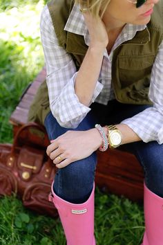 Gingham, boots, vest. Classic pieces for the preppy gal.