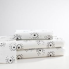 Isabella Rose Taylor All Eyes Sheet Set. The perfect backdrop for beauty sleep, this fresh and playful sheet set features a chic, black and white desi.