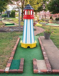 I don't know why but I miss going miniature golfing with my friends. We'd have so much fun. Lol. Nerds huh?! Lolololol. There's just something about really 'cool' people playing this game. Lol. It makes everyone seem real....