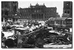 HISTORY IN IMAGES: Apocalypse: Battle Of Berlin: 1945 (LARGE IMAGES)