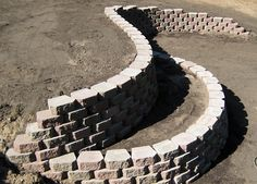 Diamond Block Retaining Wall with Flower Bed Backyard Retaining Walls, Building A Retaining Wall, Hillside Landscaping, Front Yard Landscaping, Outdoor Projects, Garden Projects, Diy Projects, Sloped Garden, Yard Design