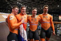 Athletic Body, Athletic Gear, Lycra Men, Cycling Wear, Cute Gay, Sport Man, Big Men, Winter Sports, Workout Gear