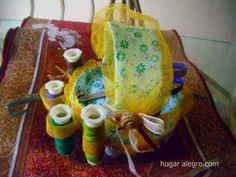 Como hacer un costurero con un bote. Tutorial Chair, Furniture, Home Decor, Canisters, Recycling, How To Make, Home, Stool, Interior Design